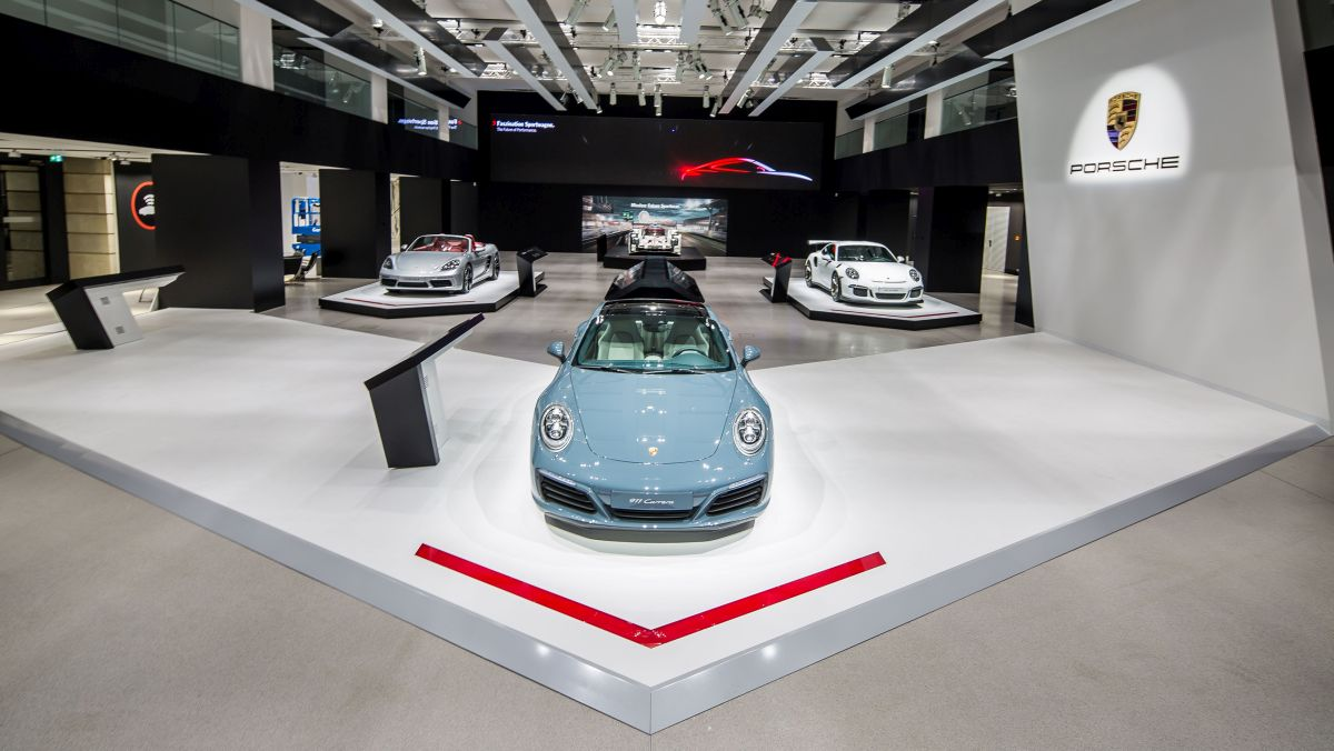 Exposition Porsche au DRIVE. Volkswagen Group Forum à Berlin