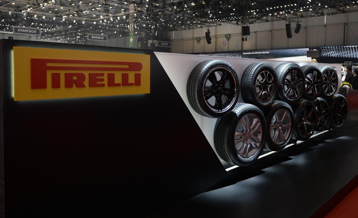 Genève 2016 - Famille des pneus Pirelli P Zero