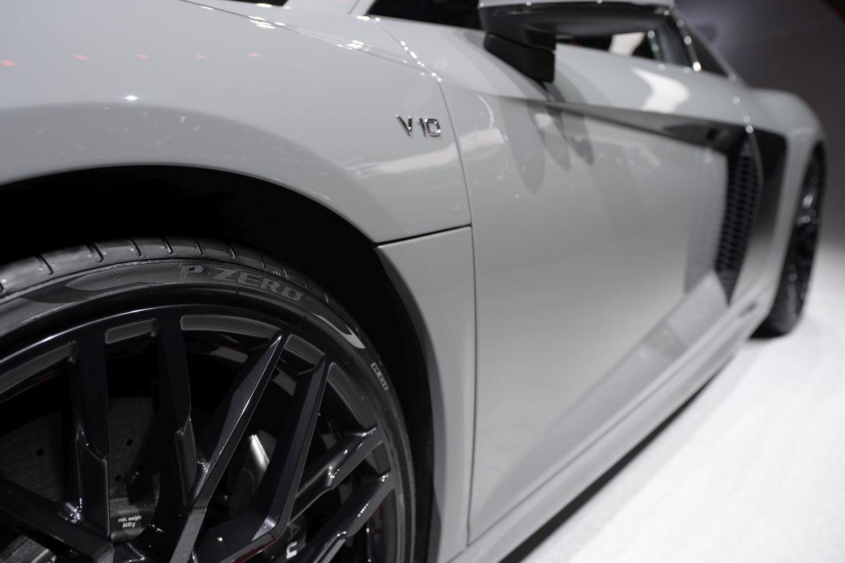 Genève 2016 - Pirelli réduit le poids de ses pneus P Zero pour l'Audi R8 Spyder