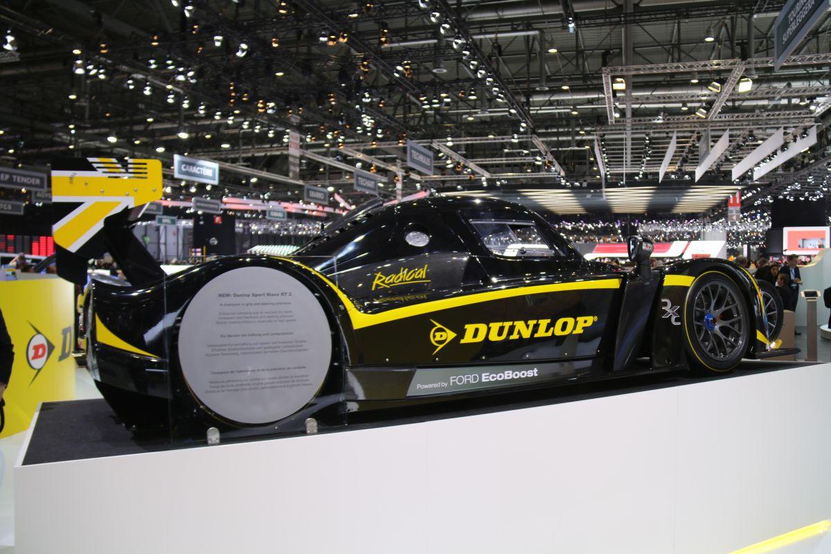 Genève 2016 - Nouveau pneu UHP Dunlop Sport Maxx RT2