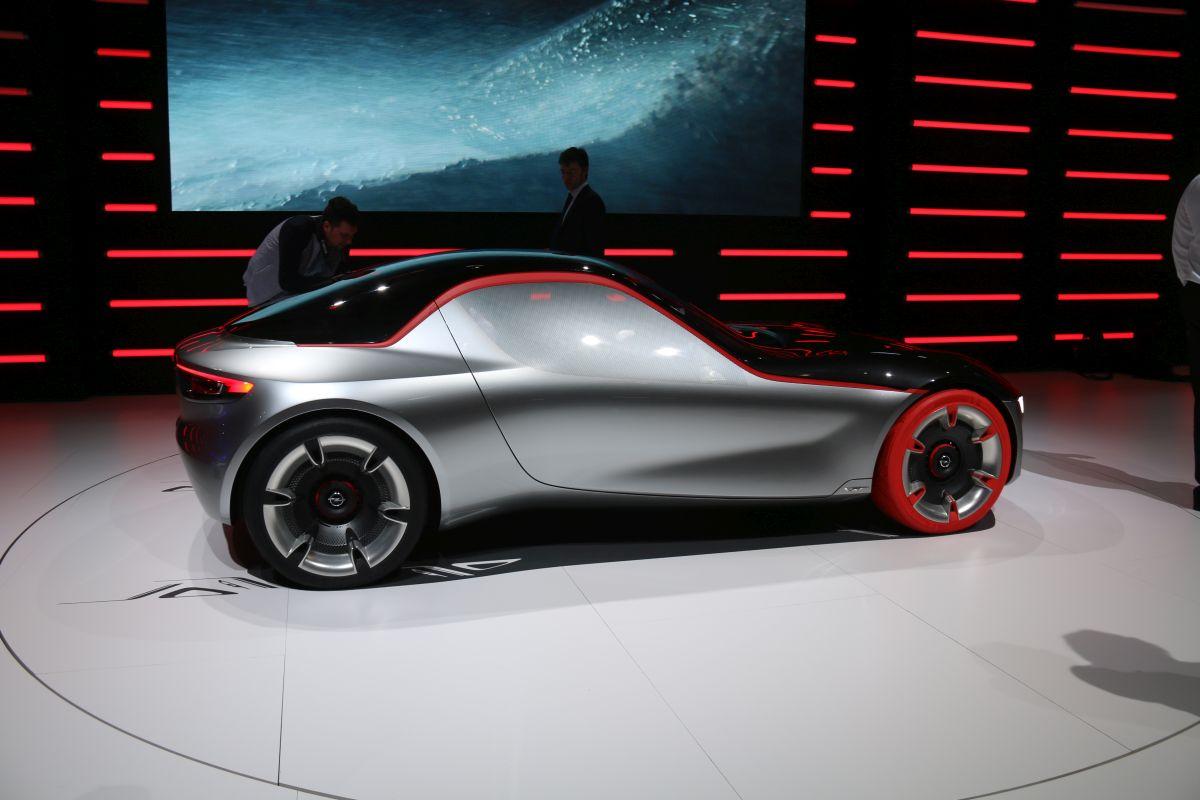 Genève 2016 - Des pneus design Hankook sur l'Opel GT Concept