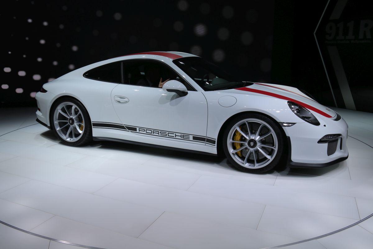 Genève 2016 - Porsche 911 R en détail
