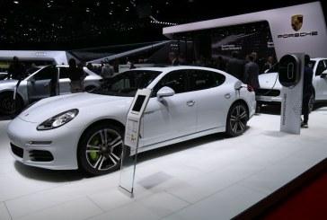 Genève 2016 – Technologie Porsche E-Hybrid sur Cayenne et Panamera