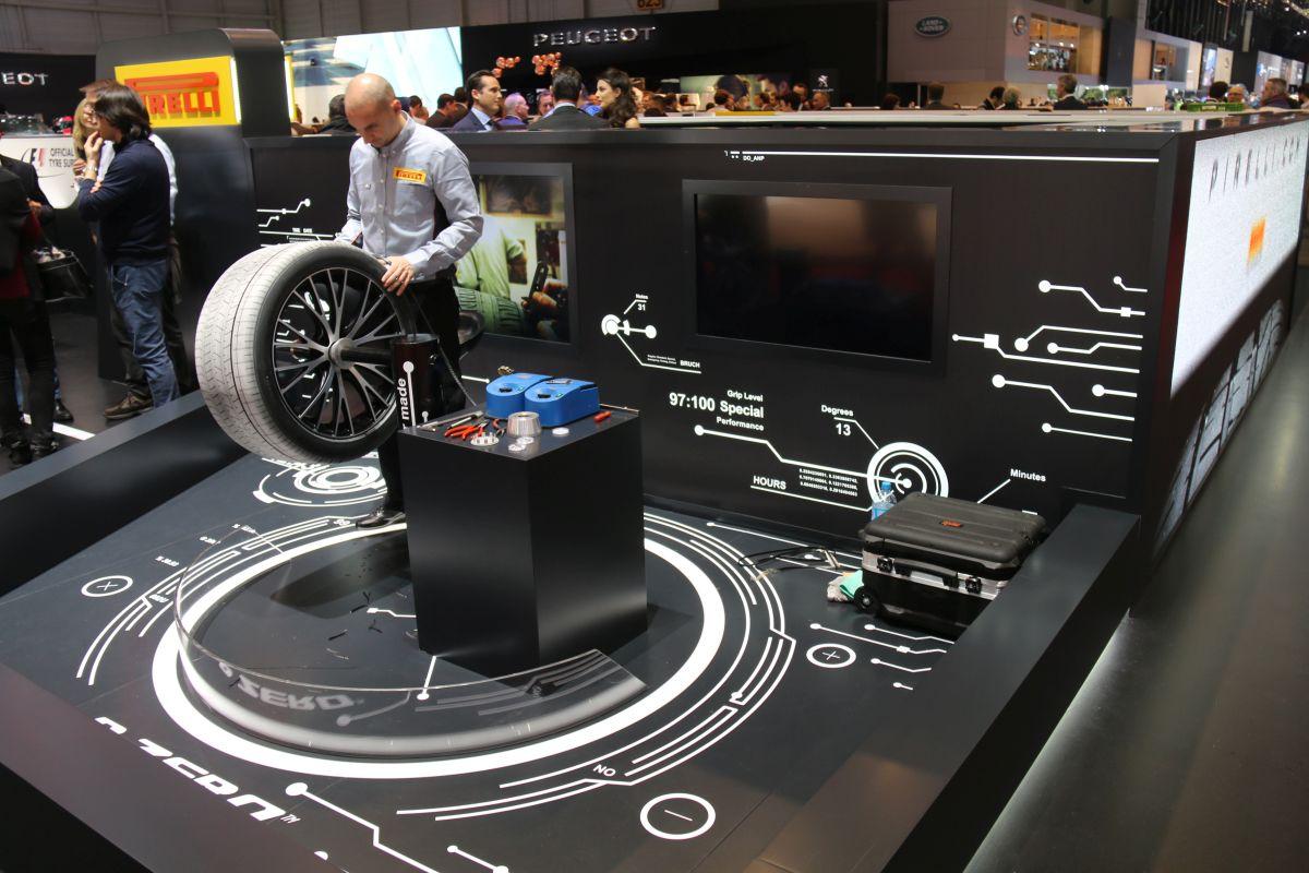 Genève 2016 - Arrivée très prochaine du nouveau pneu Pirelli P Zero