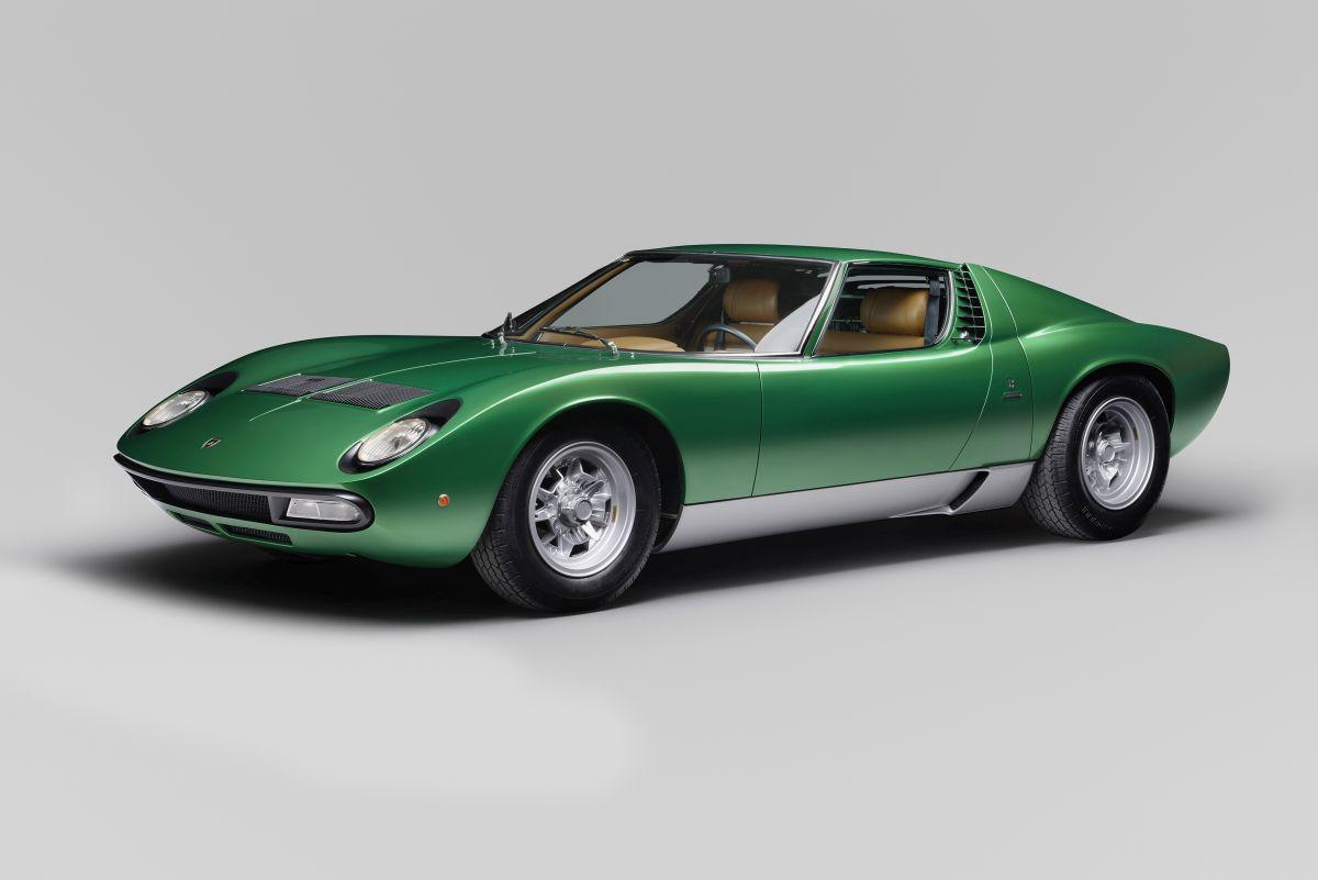 Lamborghini PoloStorico célèbre le 50e anniversaire de la Miura à Amelia Island avec la Miura SV restaurée du Salon de Genève 1971