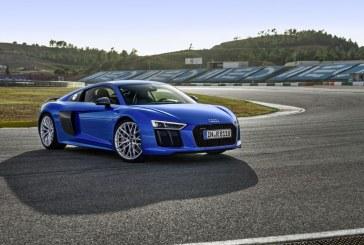 """L'Audi R8 reçoit une nouvelle fois le prix """"2016 World Performance Car"""""""