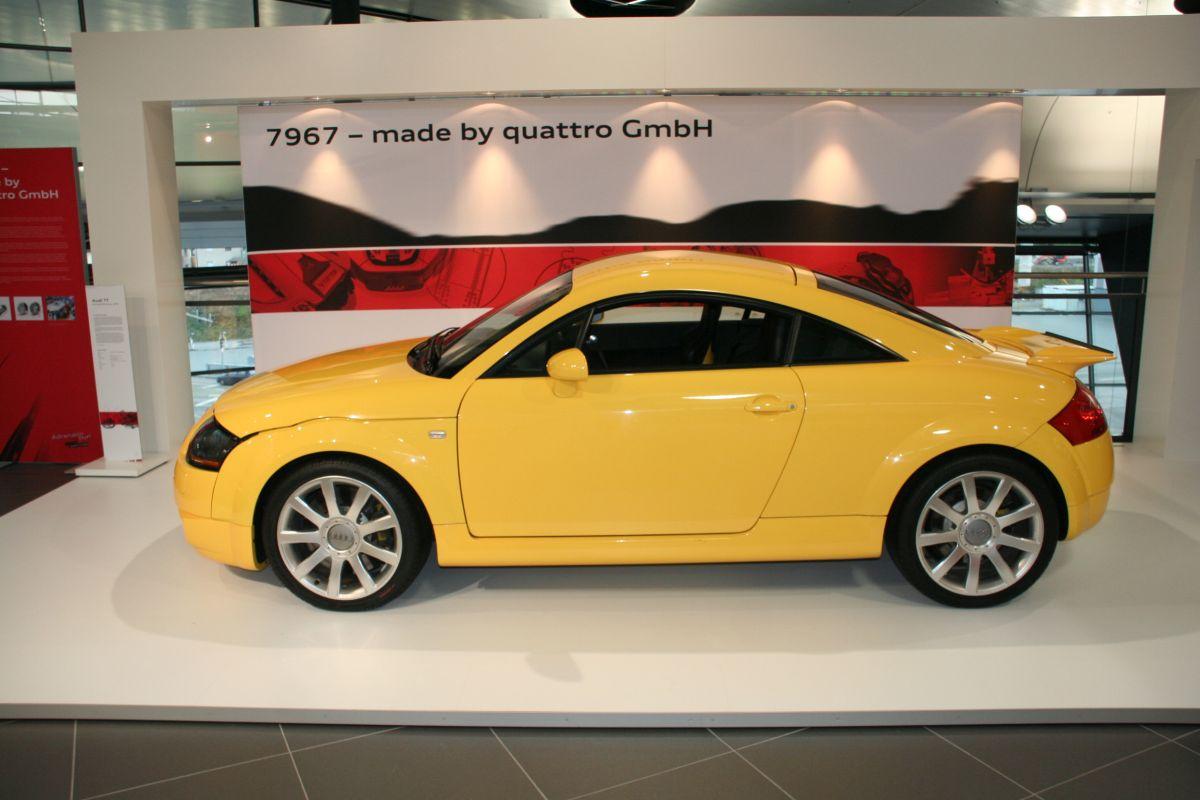 Prototype Audi TT V6 biturbo de 380 ch de 2001 avec le moteur de l'Audi RS 4 B5