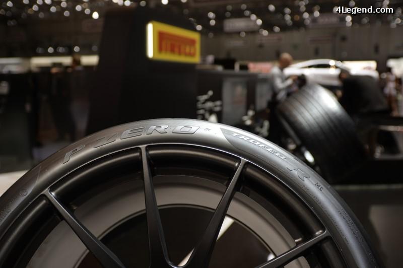 gen ve 2016 famille des pneus pirelli p zero 4legend. Black Bedroom Furniture Sets. Home Design Ideas