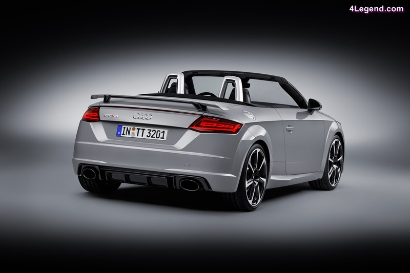 Static photo,  Colour: Nardo Grey