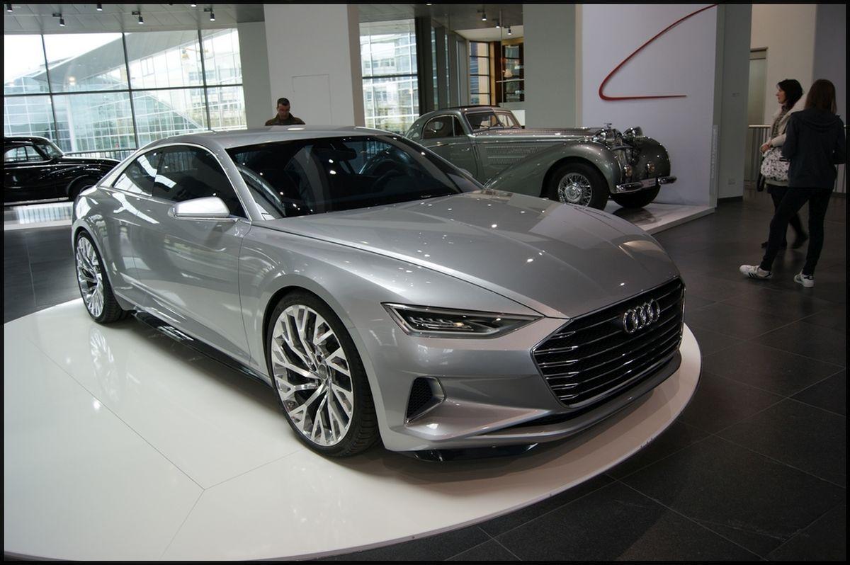 Exposition d'Audi coupé à l'Audi museum mobile d'Ingolstadt