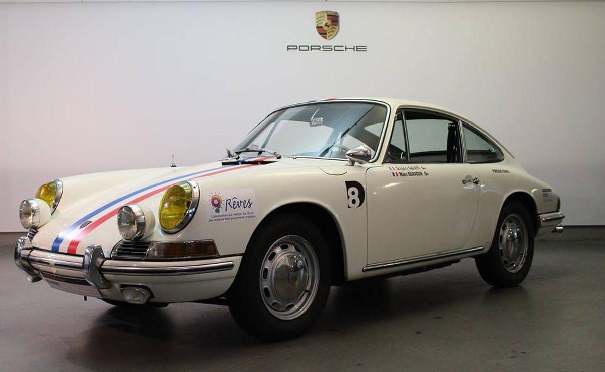 Porsche France inscrit une Porsche 911 2.0 l de 1966 au Tour Auto Optic 2000