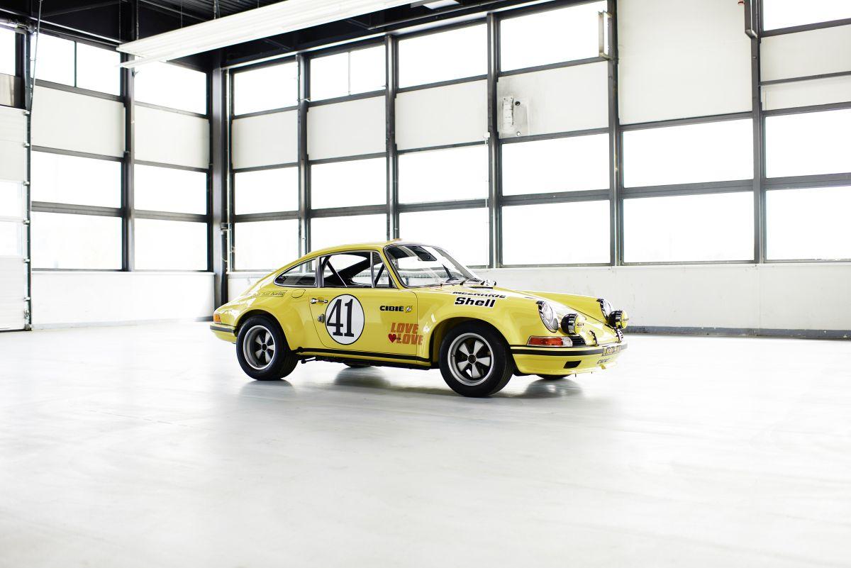 Porsche Classic présente une Porsche 911 2.5 S/T de course restaurée au Techno Classica 2016