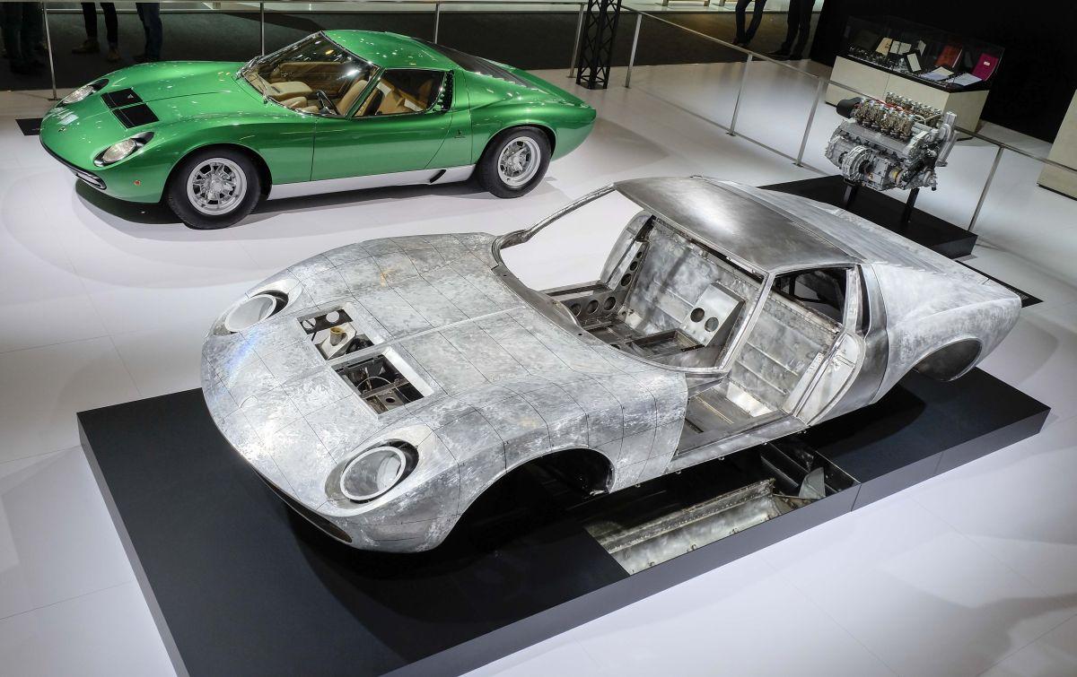 Techno Classica 2016 - Lamborghini PoloStorico célèbre les 50 ans de la Miura