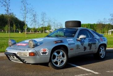 Porsche France soutient le tour du Monde d'un père avec ses fils en Porsche 928