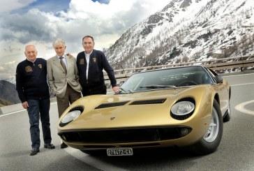 La Lamborghini Miura fête ses 50 ans sur la route du film «The Italian Job»