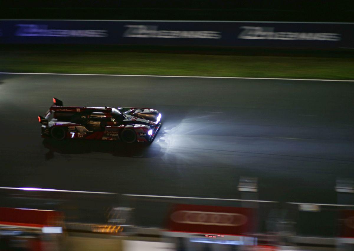 24 Heures 2016 - Toyota en tête de la course devant Porsche et Audi : une nuit agitée