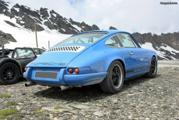 Porsche 911 au col de l'Iseran