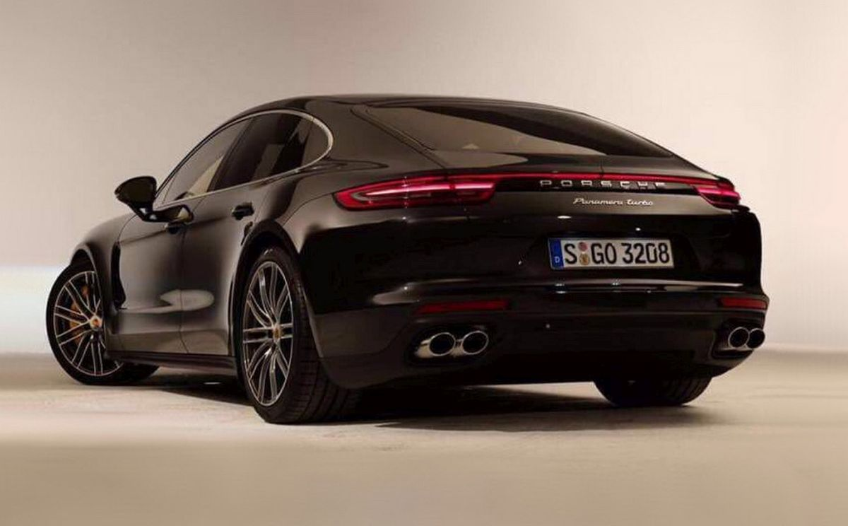 nouvelle porsche panamera gran turismo premi res photos. Black Bedroom Furniture Sets. Home Design Ideas