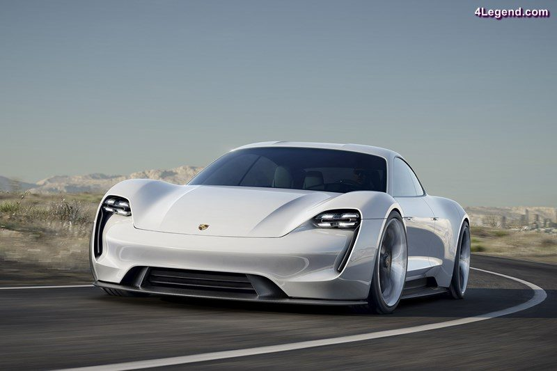 creation-1400-emplois-porsche-001