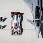 Audi R18 e-tron quattro vs Eurofighter Typhoon – Le choc des titans