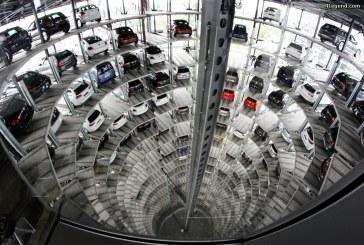 Visite de l'Autostadt partie 5: les tours de stockage Volkswagen.