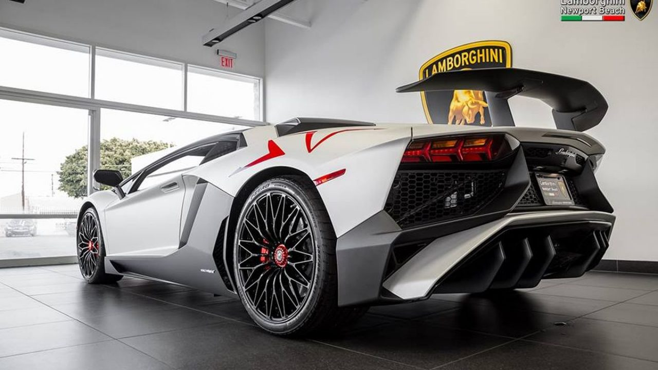 Une Lamborghini Aventador Lp 750 4 Sv By Ad Personam