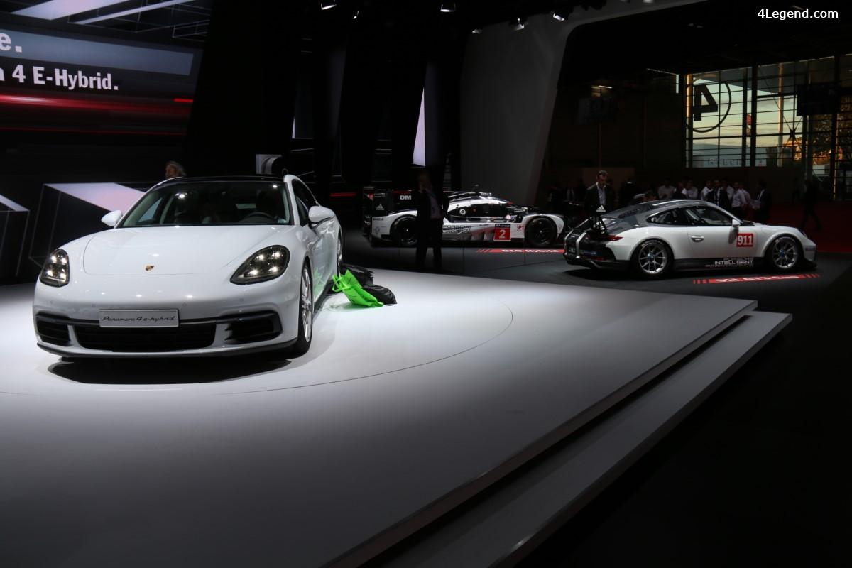 Paris 2016 - Nouvelles Porsche Panamera 4 E-Hybrid et 911 GT3 Cup