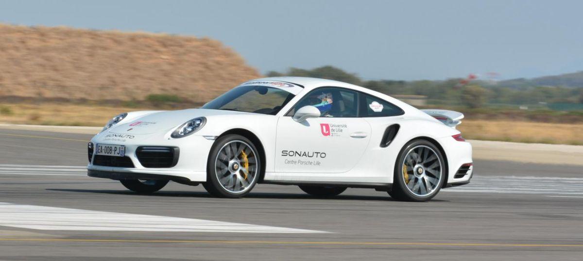 Record de vitesse pour Jean-Claude Planque en Porsche 911 Turbo S : 309 km/h sans mains et seul à bord