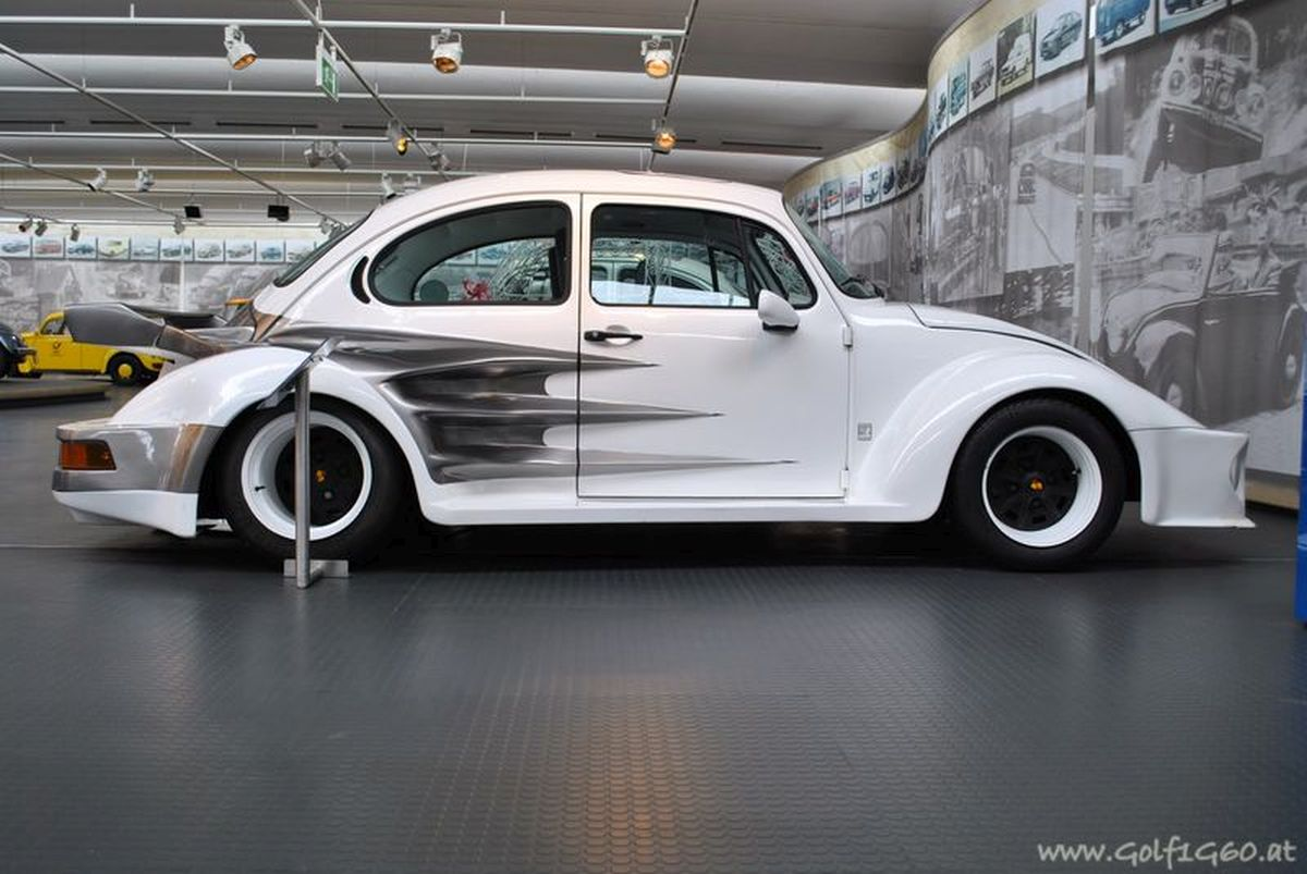 Oettinger VW Beetle wide-body de 1973 - Moteur Porsche 2.2 Turbo de 255 ch