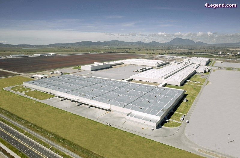 The Audi site in San José Chiapa is located at 2,400 meters above sea level and is the most modern plant in the Audi world. The plant has an annual production capacity of 150,000 Audi Q5 vehicles.