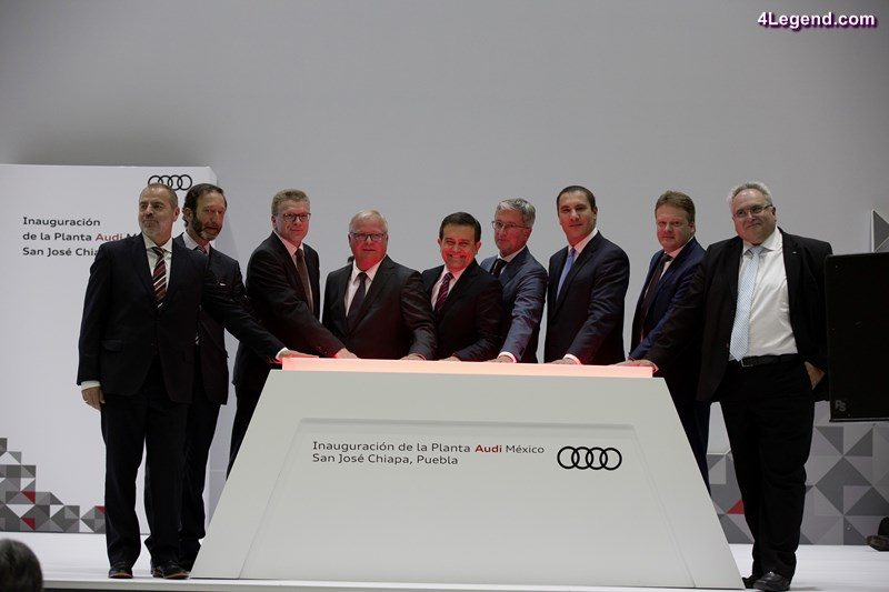 Audi opens the company's first automobile plant on the North American continent. The brand with the Four Rings will produce the new generation of the Audi Q5 for the world market in San José Chiapa in Mexico's federal state of Puebla. From left to right: Klaus-Peter Körner, Director of Production and Logistics AUDI MÉXICO S.A. de C.V., Viktor Elbling, German Ambassador in Mexico, Prof. h.c. Thomas Sigi, Member of the Board of Management of AUDI AG, Human Resources and Organization, Prof. Dr.-Ing. Hubert Waltl, Member of the Board of Management of AUDI AG, Production and Logistics, Ildefonso Guajardo Villarreal, Secretary of Economy of Mexico, Prof. Rupert Stadler, Chairman of the Board of Management, AUDI AG, Rafael Moreno Valle, Governor of the federal state of Puebla, Dr. Bernd Martens, Member of the Board of Management of AUDI AG, Procurement, Alfons Dintner, CEO AUDI MÉXICO S.A. de C.V.