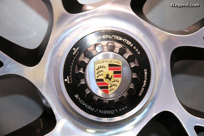paris-2016-porsche-911-turbo-s-cabriolet-porsche-exclusive-manufaktur-060