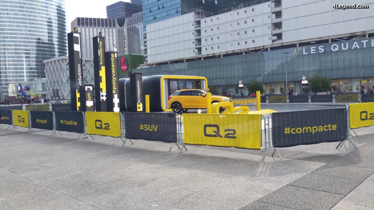 Exposition Audi Q2 #untaggable sur l'Esplanade de la Défense à côté de Paris