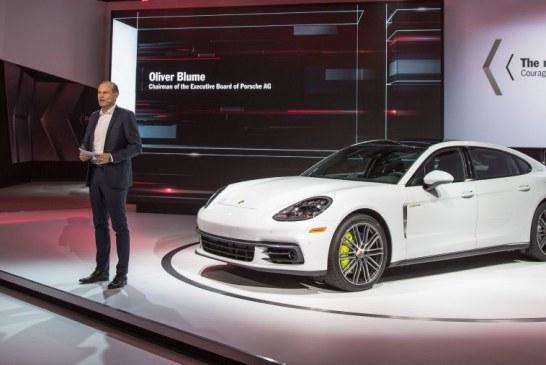 Los Angeles 2016 – Deux premières mondiales : Porsche Panamera Executive & Porsche 911 RSR