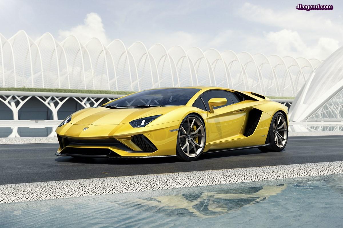 Lamborghini Aventador S - Plus puissante et plus aérodynamique