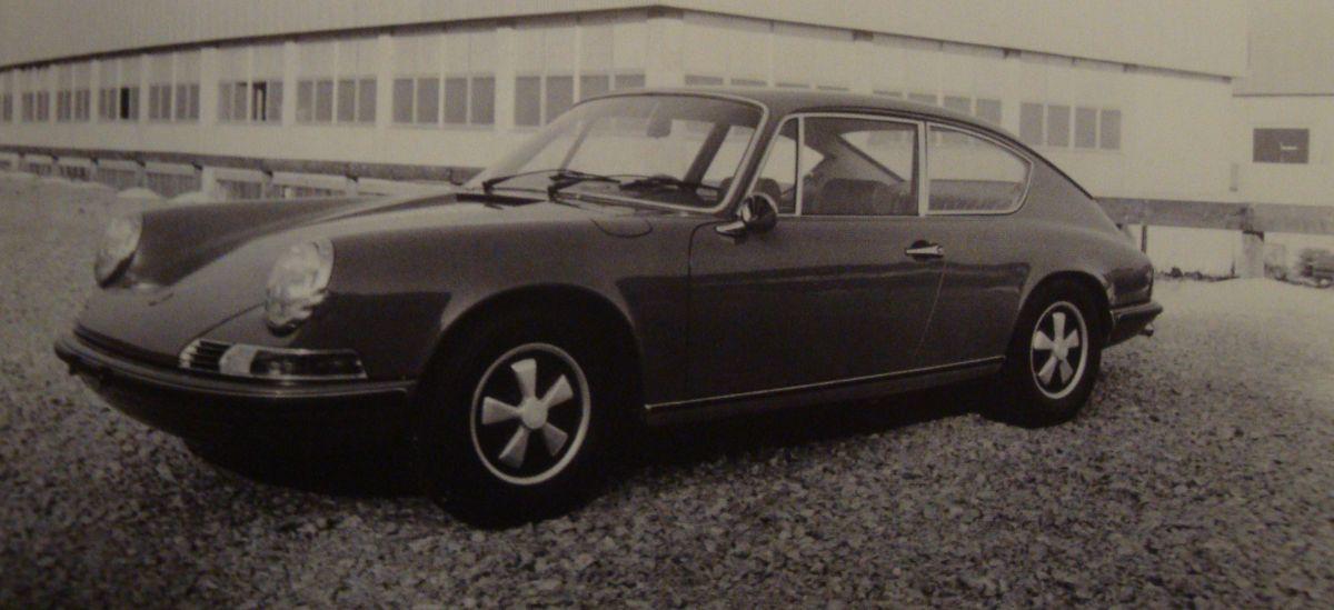 Porsche 911 B 17 Pininfarina de 1969 - Une Porsche 911 rallongée à 4 vraies places