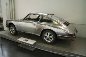 Porsche 911 S Edelstahlwagen en acier inoxydable de 1967 – Testées entre 1967 et 1974 sur plus de 150 000 km