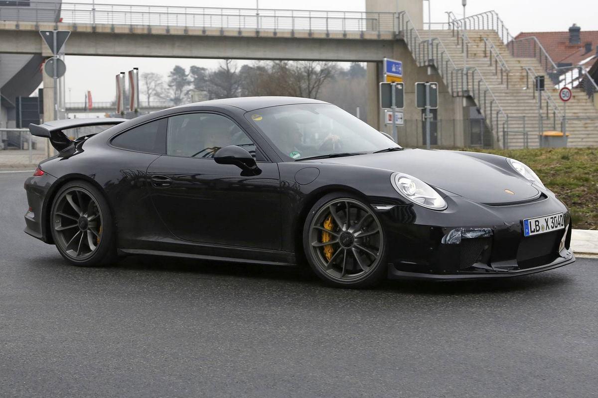 Présentation de la nouvelle Porsche 911 GT3 au salon de Genève 2017 - Flat 6 de 4.0 l, 500 ch, boîte manuelle