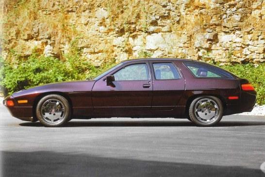 Porsche 928 H 50 de 1987 – 2 Porsche 928 à 4 portes au design arrière différent
