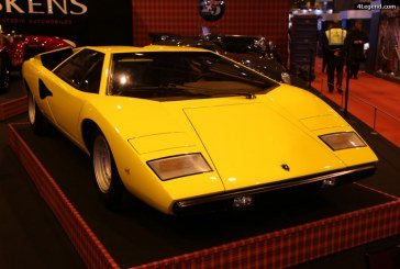 "Rétromobile 2017 – Lamborghini Countach LP400 ""Periscopica"" de 1975"
