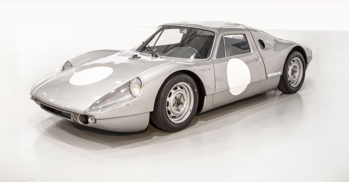 Retour de la Porsche 904 GTS au Musée des 24 Heures du Mans suite à sa restauration