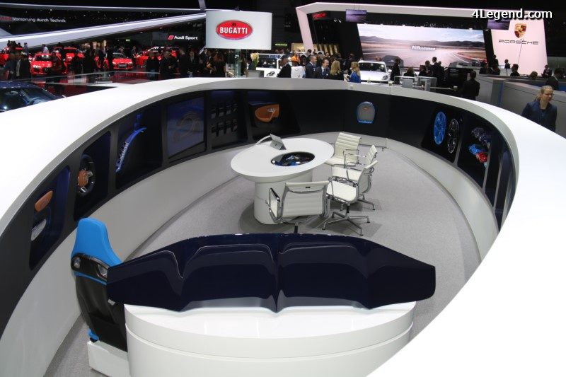 le stand bugatti se prolonge derri re la voiture avec un. Black Bedroom Furniture Sets. Home Design Ideas