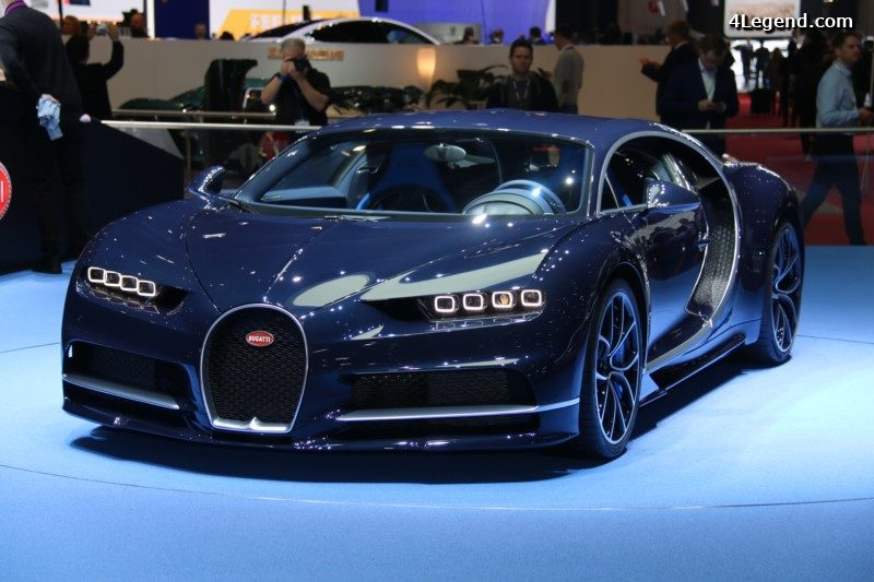 gen ve 2017 bugatti chiron en carbone apparent bleu. Black Bedroom Furniture Sets. Home Design Ideas