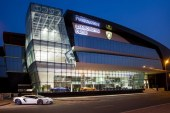 Lamborghini ouvre à Dubaï sa plus grande concession