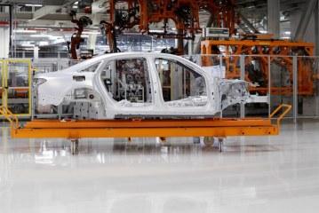 Détails de la nouvelle structure multi-matériaux de la nouvelle Audi A8 D5