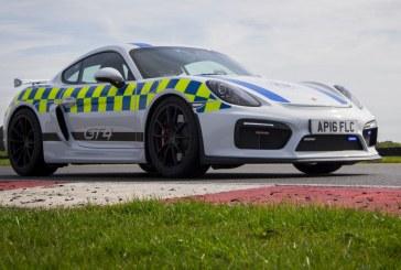 Un Porsche Cayman GT4 pour la police anglaise