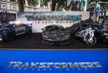 "Apparition de la Lamborghini Centenario à la Première londonienne du film ""Transformers: The Last Knight"""
