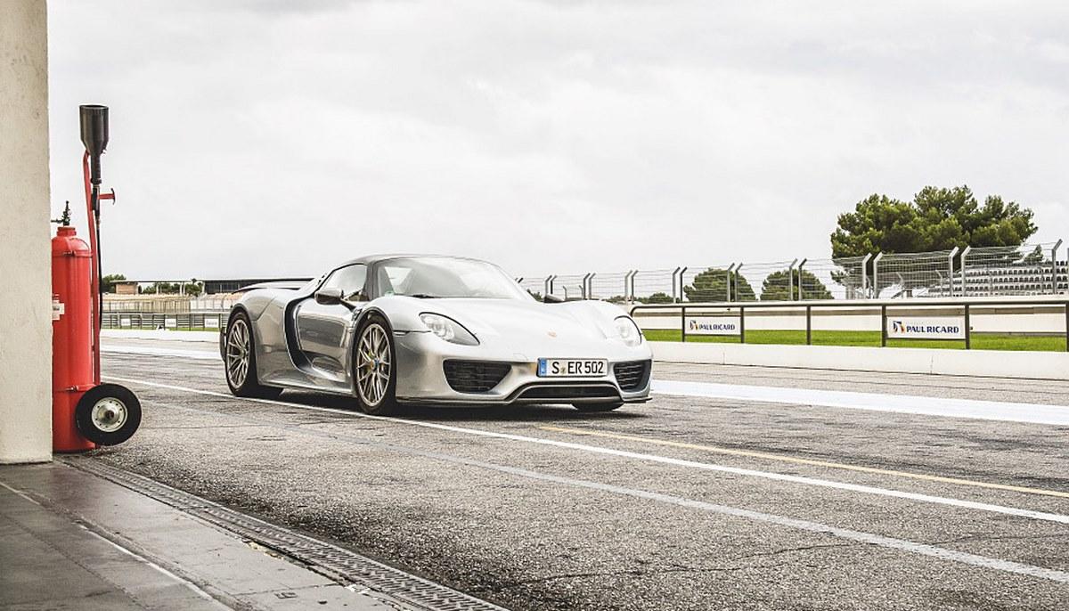 Porsche Ultimate Drive & Experience - Une nouvelle expérience de conduite et de pilotage premium