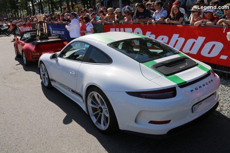 Heures du Mans: la Porsche de tête abandonne, nouveau leader