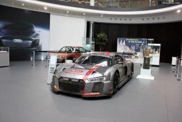 Audi forum Neckarsulm: exposition de la R8 LMS vainqueur des 24 heures de Spa 2017.